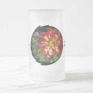 Dahlias rouges mug
