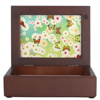 Daisies and butterflies memory box