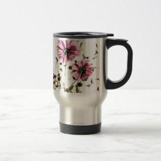 Daisies in Motion Travel Mug
