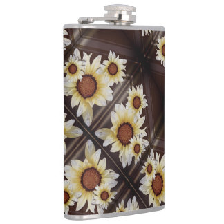 Daisies on brown hip flask