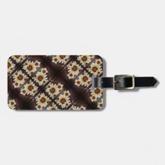 Daisies on brown luggage tag