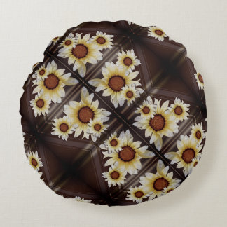 Daisies on brown round pillow