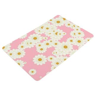 Daisies on pink floor mat