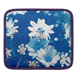 Daisy Blue iPad Sleeve