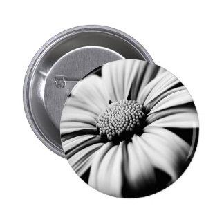 Daisy 2 Inch Round Button