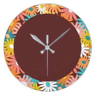 Daisy covered clock