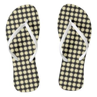 Daisy-Crazy_Vintage(C)Black-Cream_Multi-Styles Flip Flops