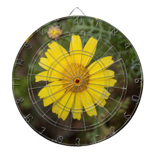 Daisy flower cu yellow dartboard