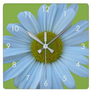 Daisy Greenery Floral Decor Green White Modern Clock
