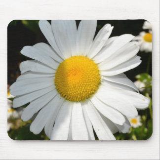 Daisy Mouse Pad