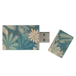 daisy party wood USB flash drive
