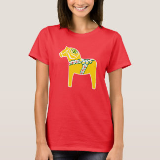 Dalahäst | Dala horse in yellow T-Shirt