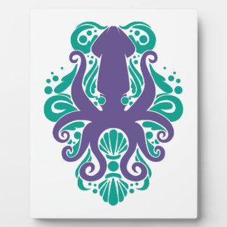 Damask Squid Ultra Violet on Arcadia Plaque