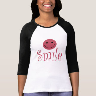 Dames souriantes de visage 3 4 raglan de douille t-shirts