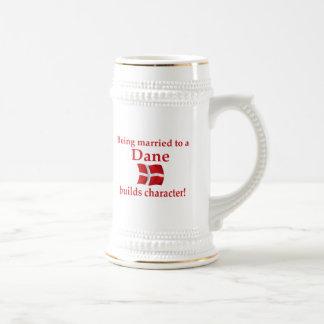 Dane Builds Character 18 Oz Beer Stein