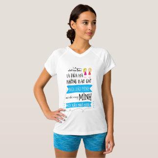 Dành cho chị em là người Việt T-Shirt