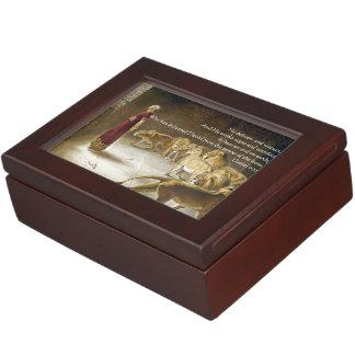 Daniel in the Lion's Den Bible Art Scripture Keepsake Box
