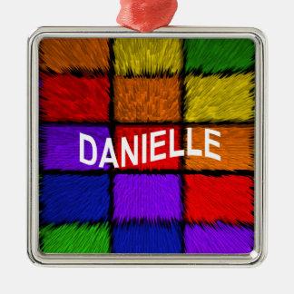 DANIELLE METAL ORNAMENT