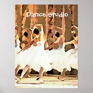 Danse de ballet sur des ballerines d'étape poster