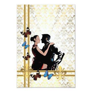 Danseurs de salle de bal sur le motif blanc de carton d'invitation 8,89 cm x 12,70 cm