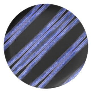 Dark Diagonal Stripes Pattern Plate