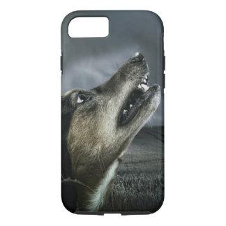 Dark Dog Howling in Moonlight iPhone 7 Case
