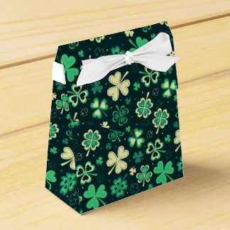 Dark green St Patrick lucky shamrock pattern Wedding Favor Boxes