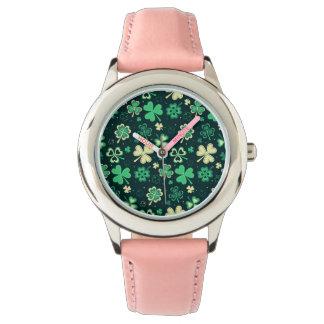 Dark green St Patrick lucky shamrock pattern Wristwatches