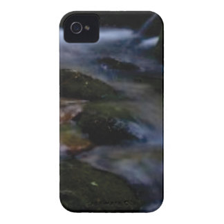 dark movement of water Case-Mate iPhone 4 case