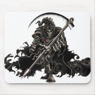 Dark-Skull-42873 Mouse Pad