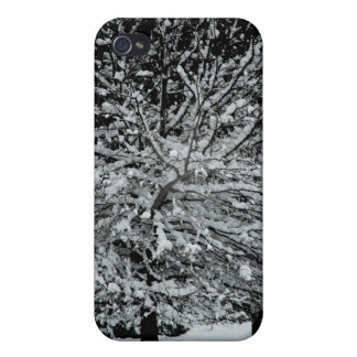 Dark Snowy Tree iPhone 4 Case