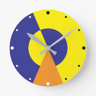 Darkness and light round clock