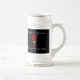 Date de mariage Stein de jeunes mariés de roses Chope À Bière