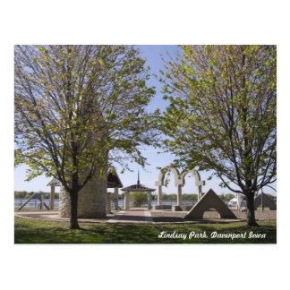 Davenport, Iowa - Lindsay Park Sculptures Postcard