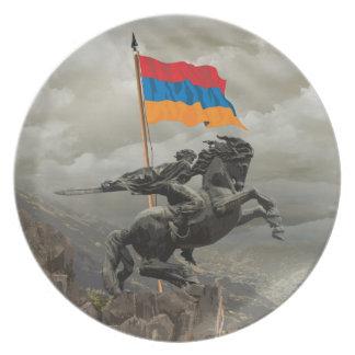 David of Sassoun Party Plate