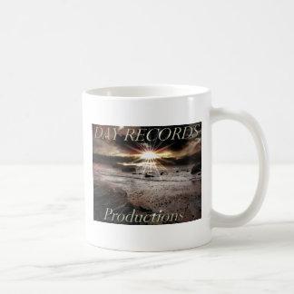 dayrecordslogo basic white mug