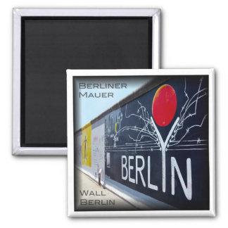 DE * Germany - Berlin Wall Square Magnet