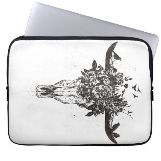 Dead summer (blackandwhite) laptop sleeve