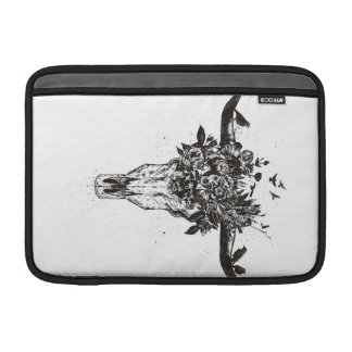 Dead summer (blackandwhite) MacBook sleeve