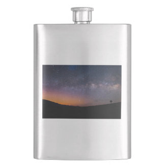 Death Valley milky way Sunset Hip Flask