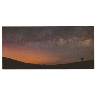 Death Valley milky way Sunset Wood USB Flash Drive