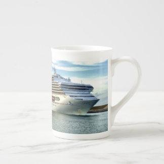 December Bow Tea Cup