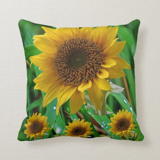 Decorative throw pillow sunflower