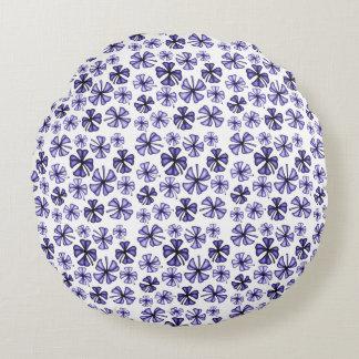 Deep Lavender Lucky Shamrock Clover Round Pillow