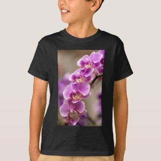 Deep Pink Phalaenopsis Orchid Flower Chain T-Shirt