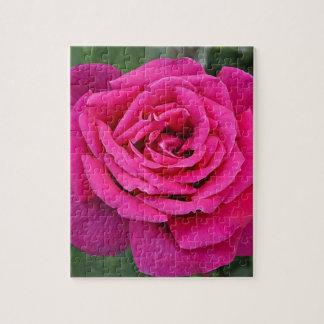 Deep pink single rose jigsaw puzzle