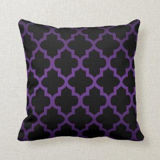 Deep Purple and Black Quatrefoil Pattern Throw Pillow
