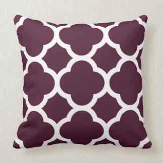 Deep Purple Moroccan lattice Large Quatrefoil Throw Pillow