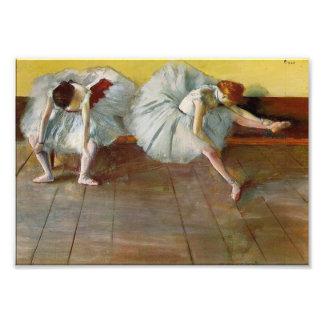 Dégazez la copie de photo de deux danseurs classiq