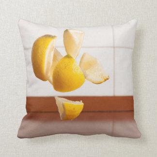 Dekokissen lemons Life Throw Pillow